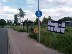 Unsichere Radtrassenführung an Bushaltestelle durch z.B. eines benutzungspflichtigen kombinierten Fuß-/Radweges