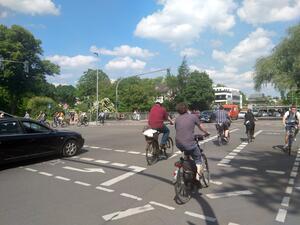 Hoher Radverkehrsanteil zeigt Bedarf an Fahrradstraße / Fahrradzone