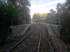 Nahezu unbenutzte Schienenwegtrassen bilden oft netzrelevante Beziehungen für den Radverkehr